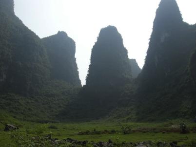 China_A River Runs 48