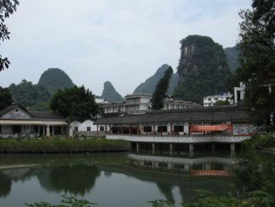 China_A River Runs 60