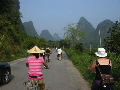 China_A River Runs 68