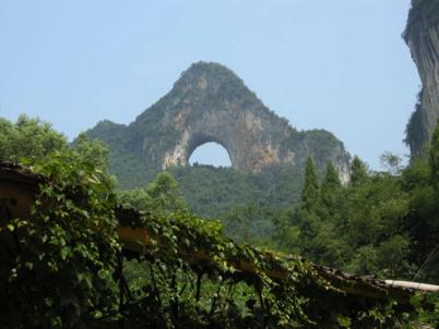 China_A River Runs 82